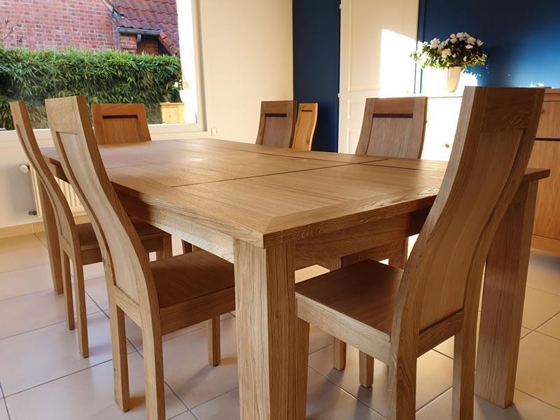 Table chêne liseré wengé